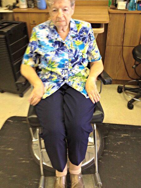 salon chair footrest for elderly | rose pedals salon chair footrest